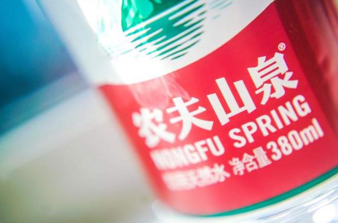 选用日本福岛白桃做原料?农夫山泉气泡水翻车